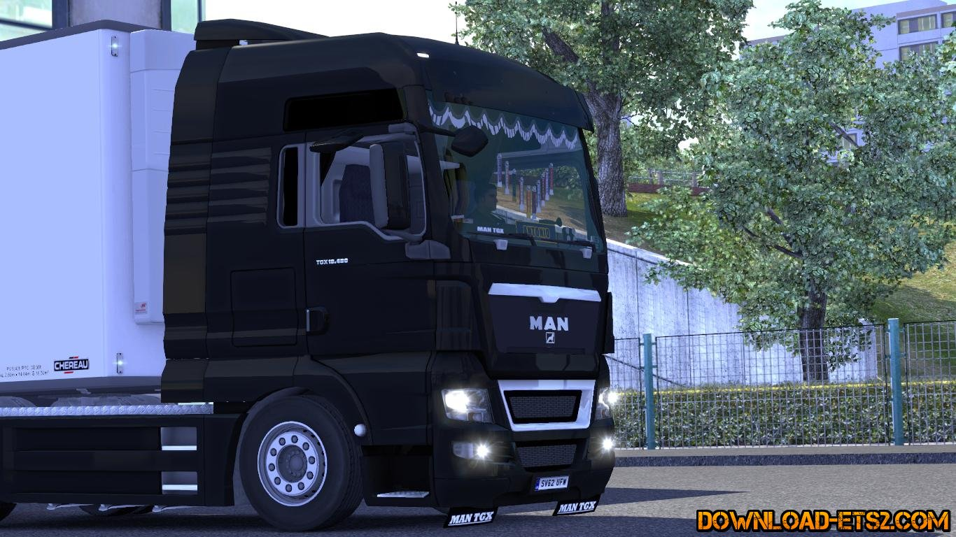 Accessories in the cabin and a small tuning for MAN TGX