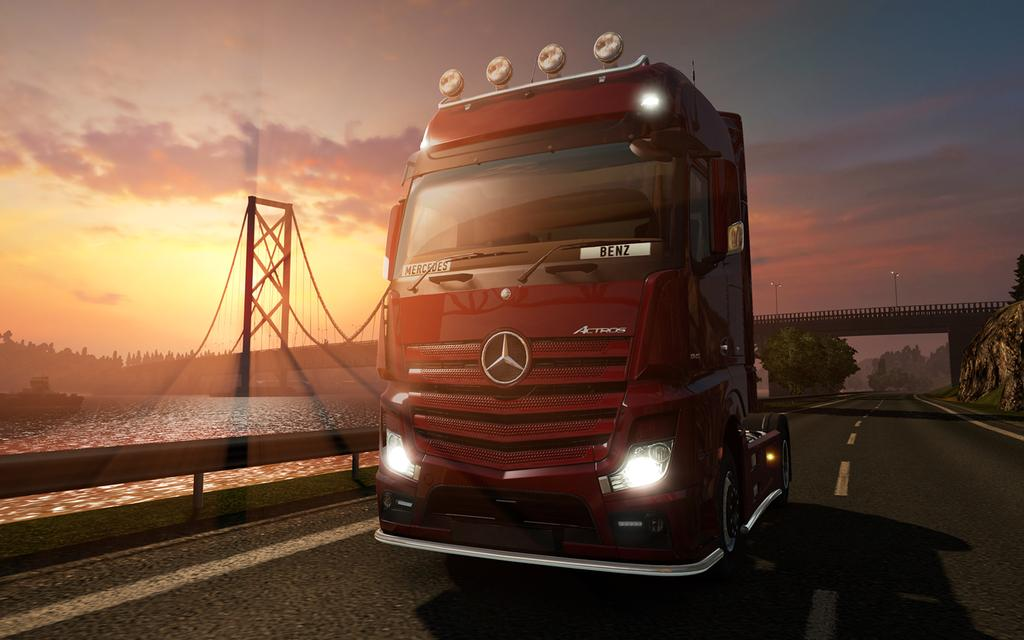 New  sound engine DAF + Exclusive pictures of Mercedes-Benz Actros