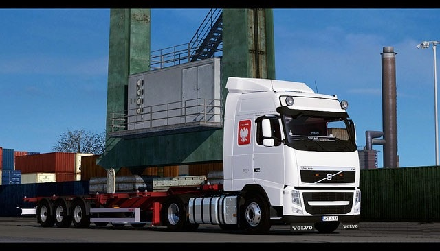 Volvo FH 13 Globetrotter and Container Platform