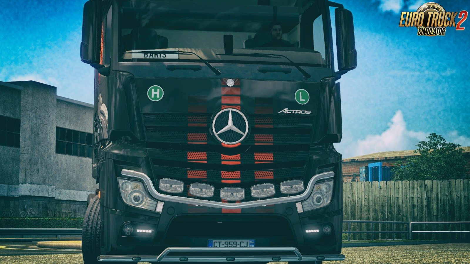Knight Rider Skin for Mercedes-Benz MP4 v1.0 by DafDriver (1.28.x)