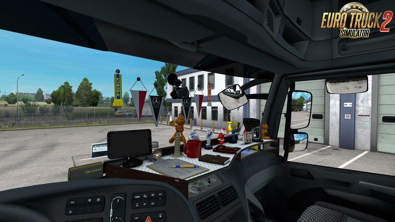 Table and wind-shield set for Actros MP3 v1.1 [1.31.x]
